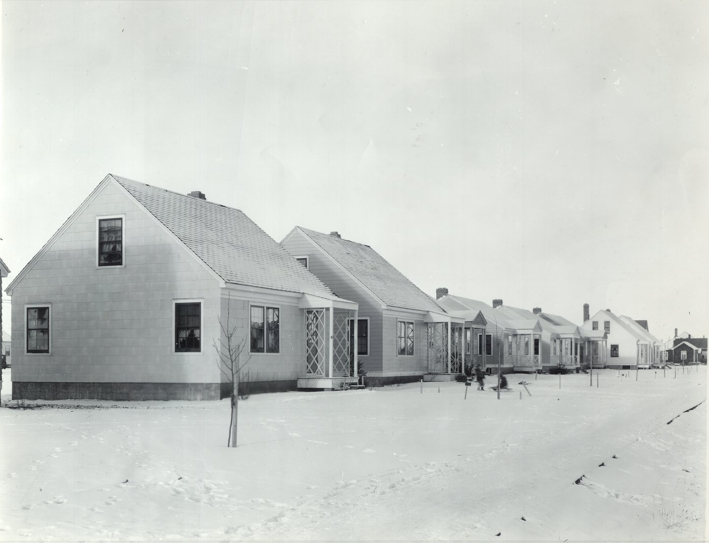 http://scaa.usask.ca/gallery/war/images/wartime_houses.jpg