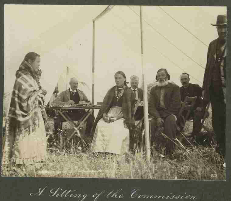 metis essay 91(24) of the constitution act (1867) includes métis  histories of métis and non- status indians were presented to, and then interpreted by, the.